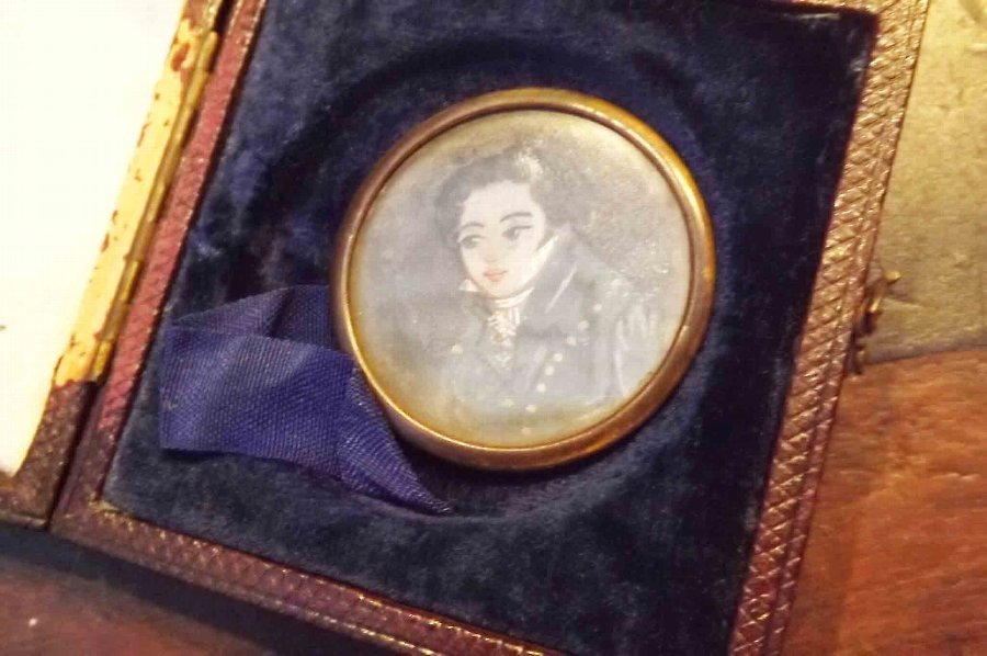 Antique Minature painting of Georgian Dandy in original case.