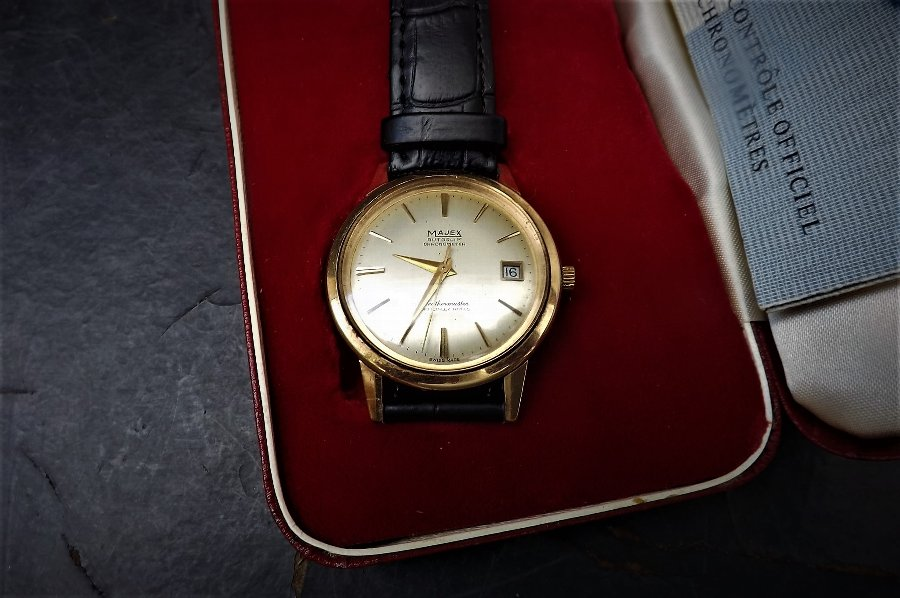 Majex 9ct gold weathermaster Chronometer mans wrist watch