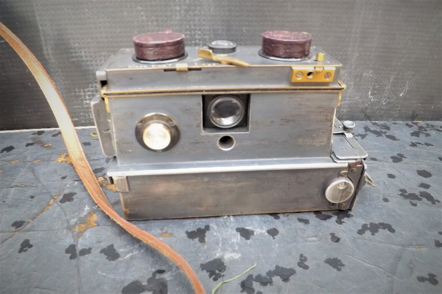 Rare Vintage Camera Verascope Brevetes Of Paris Superb item
