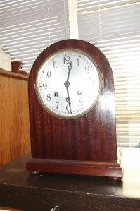 BRACKET CLOCK MAHOGANY  CASED MECHANICAL 8 DAY WESTMINSTER CHIMES.