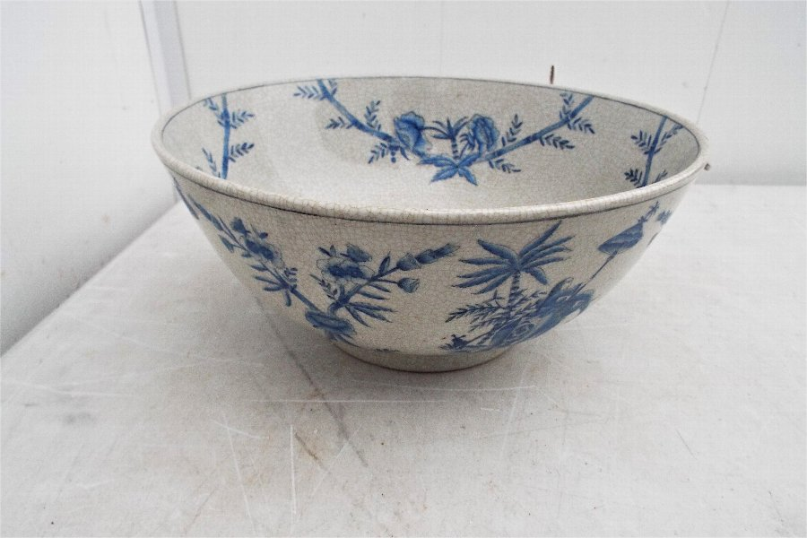 GOOD ANTIQUE CHINESE PORCELAIN HAND PAINTED BOWL.