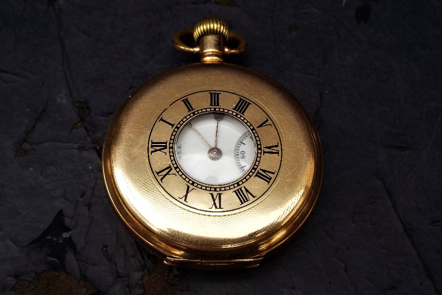 Half hunter gold plated mans Waltham pocket watch