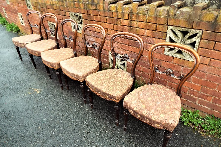 Six Early Victorian Mahogany Dining Chairs