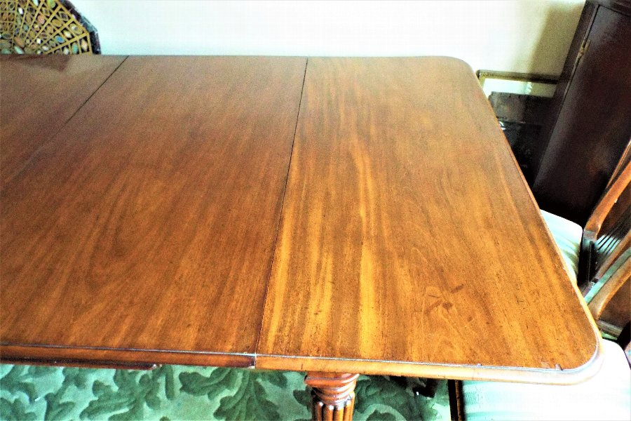 Antique Georgian Cuban Mahogany Dining table superb.