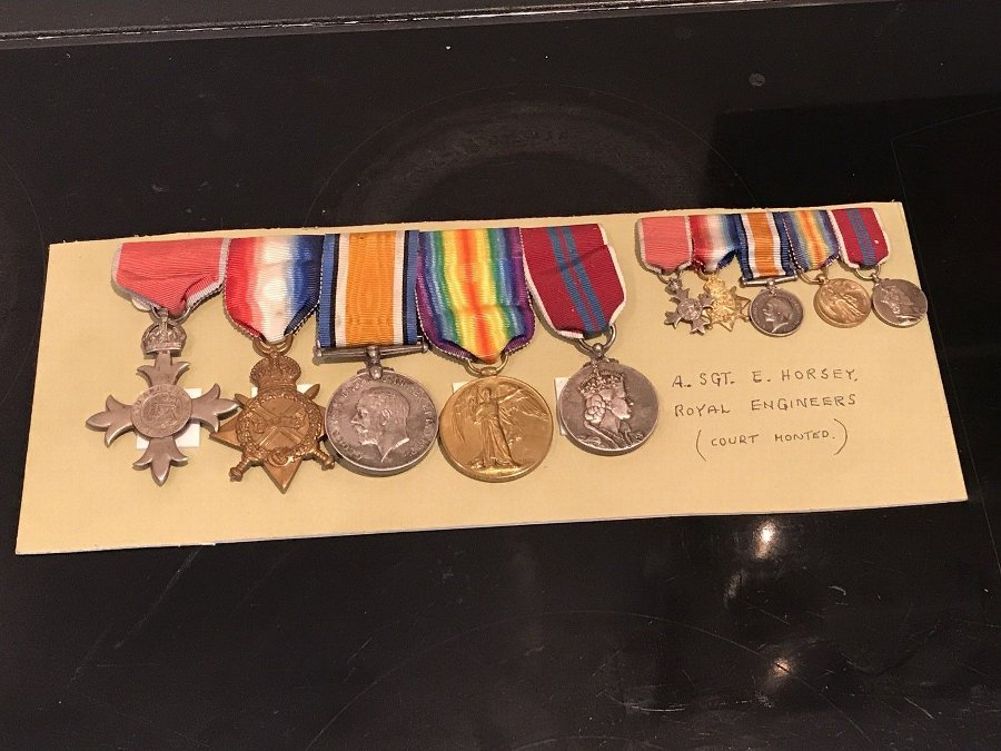 1ww Group Of Medals Full Size With Miniatures
