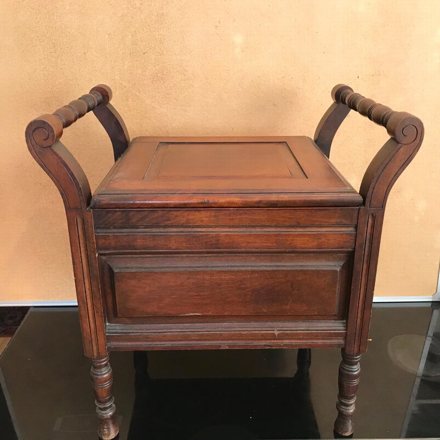 Superb Edwardian Mahogany Commode / Plant Pot