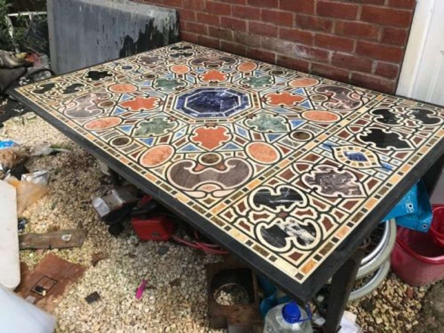 pietra dura Large outside or in table, inlaid with precious stone table and base
