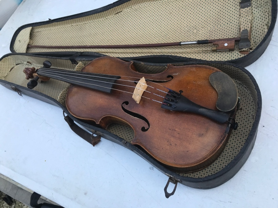 Quality violin and case