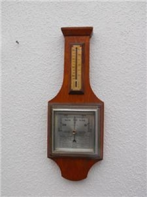 BAROMETER THERMOMETER WALL MOUNTED