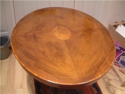 TABLE VICTORIAN QUARTER VENNERED INLAID BREAKFAST TABLE