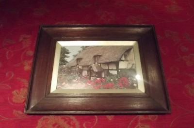 PICTURE IN OAK FRAME ENGLISH COUNTRY COTTAGE AND GARDEN SCENE