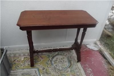 TABLE OCCASIONAL LATE VICTORIAN WALNUT