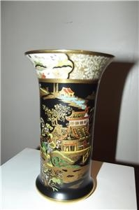 CARLTON WARE CHINESE SCENES HAND PAINTED VASE STUNNING QUALITY ITEM OF BEAUTY-SB