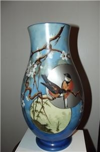 GLASS VASE VICTORIAN HAND PAINTED WONDERFUL COOURS SUPERBLY PAINTED BIRD SCENE
