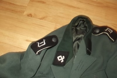 Antique 2WW GERMAN SOLDIERS JACKET