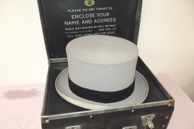 Top hat in original carrying case