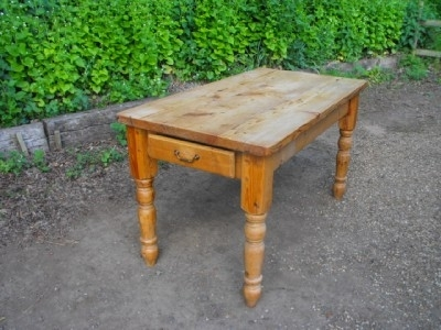 PINE SCRUB TOPPED TABLE FANTASTIC ITEM