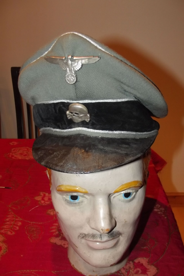 SS  Officers cap with insignia Genuine 2ww item