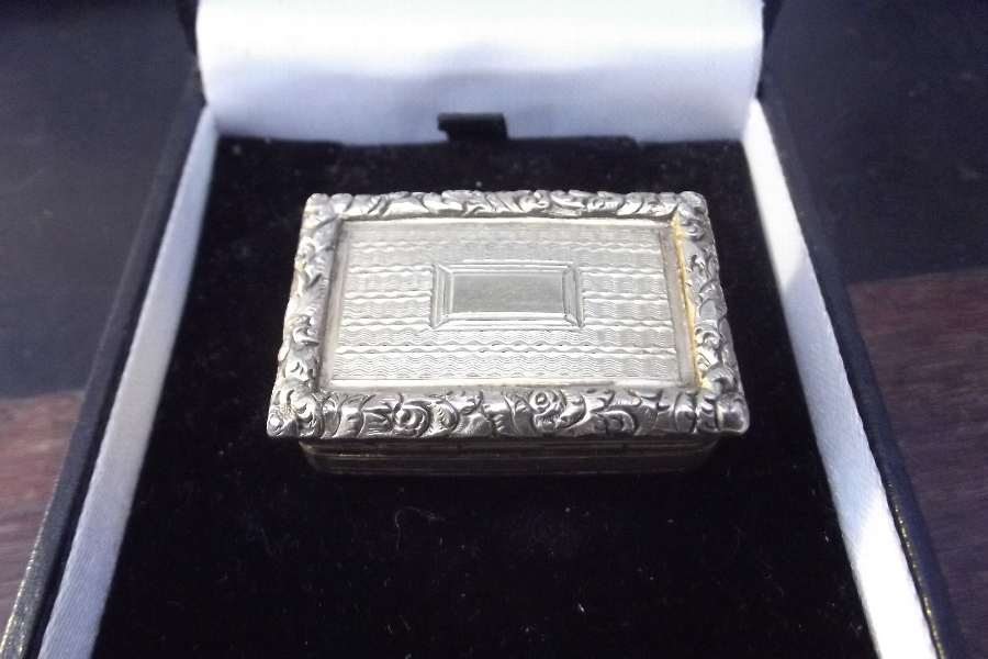 Antique Silver gilted Vinegarette