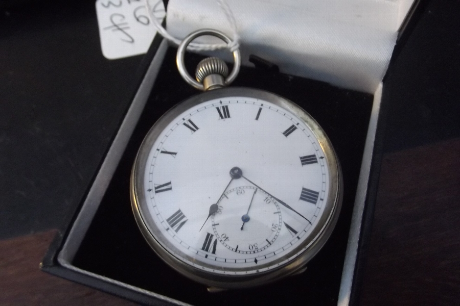 Pocketwatch gun metal cased working order