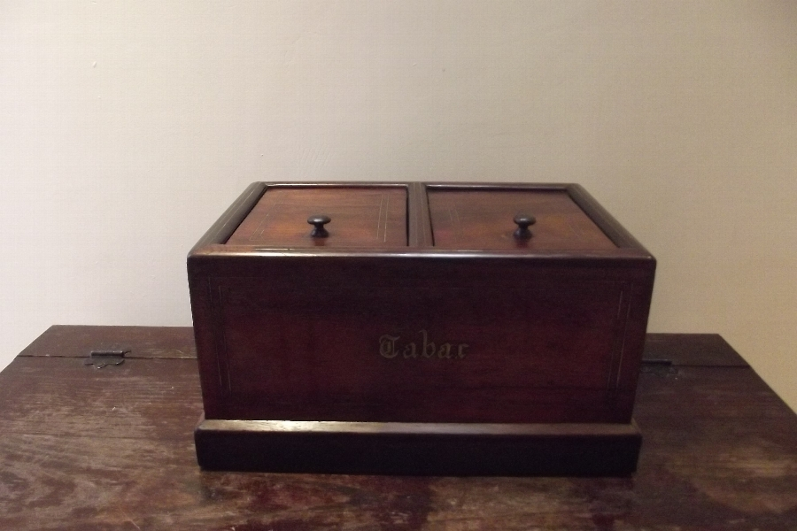 Humidor Rosewood inlaid box