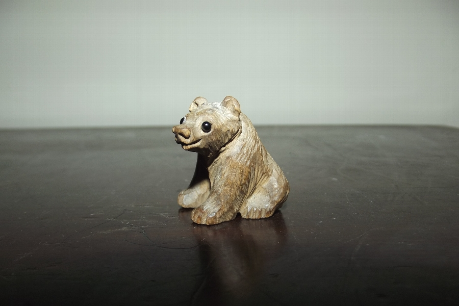 Blackforest carved Grissly bear