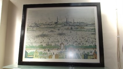 "Lawry "" Northern Town scenes "" in fair condition"