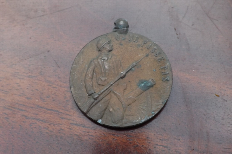 Verdun 1ww French medal. Comes with Free post