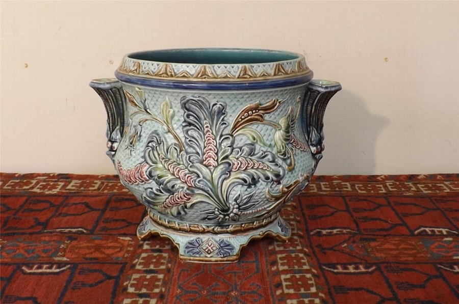 Majolica Jardinnere with side spills rare and fantastic item Victorian. B19