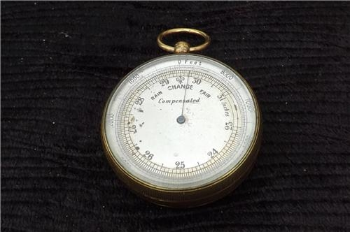 Barometer Hand Held pocket type Victorian. B33