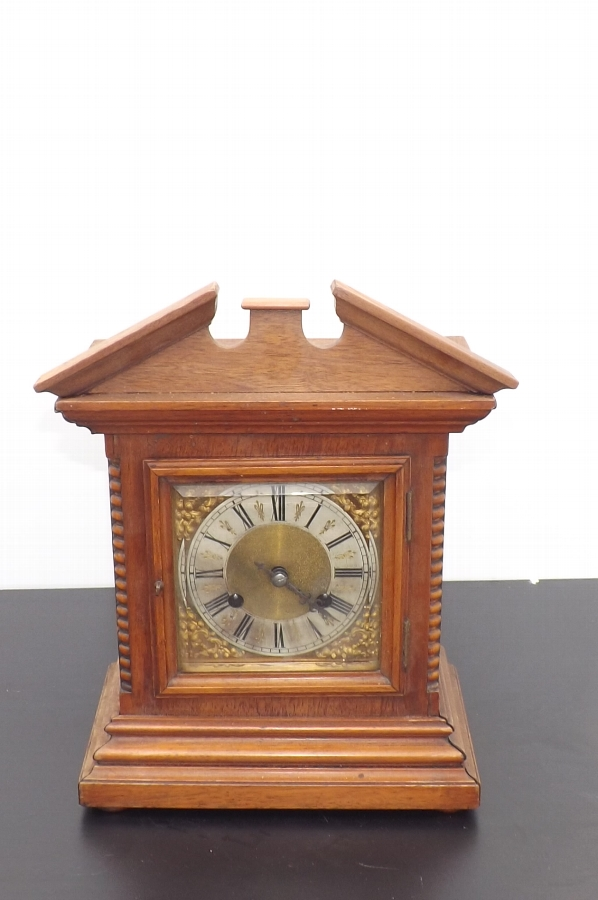 Bracket Clock mahogany cased 8 day mechanical movement strikes the hours on gong