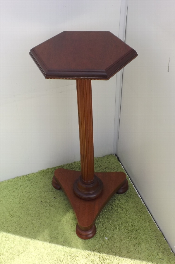 Torcher mahogany Regency item
