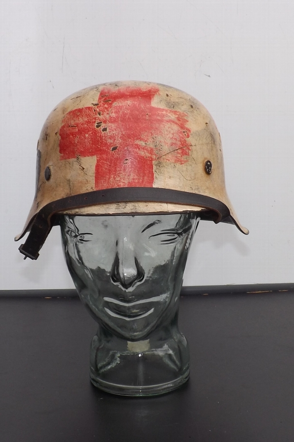 German SS Medics Helmet genuine 2ww rare item B38. 3
