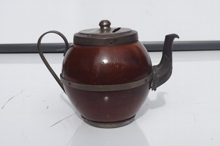 Treen in shape of teapot but is fantastic money holder. B38