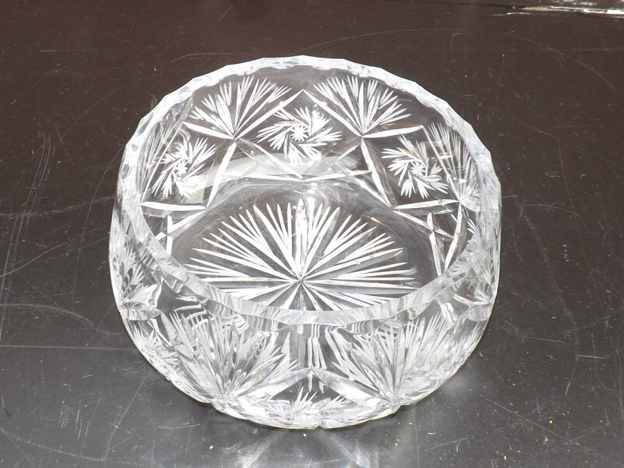 glass Bowl crystal cut late Victorian perfect condition