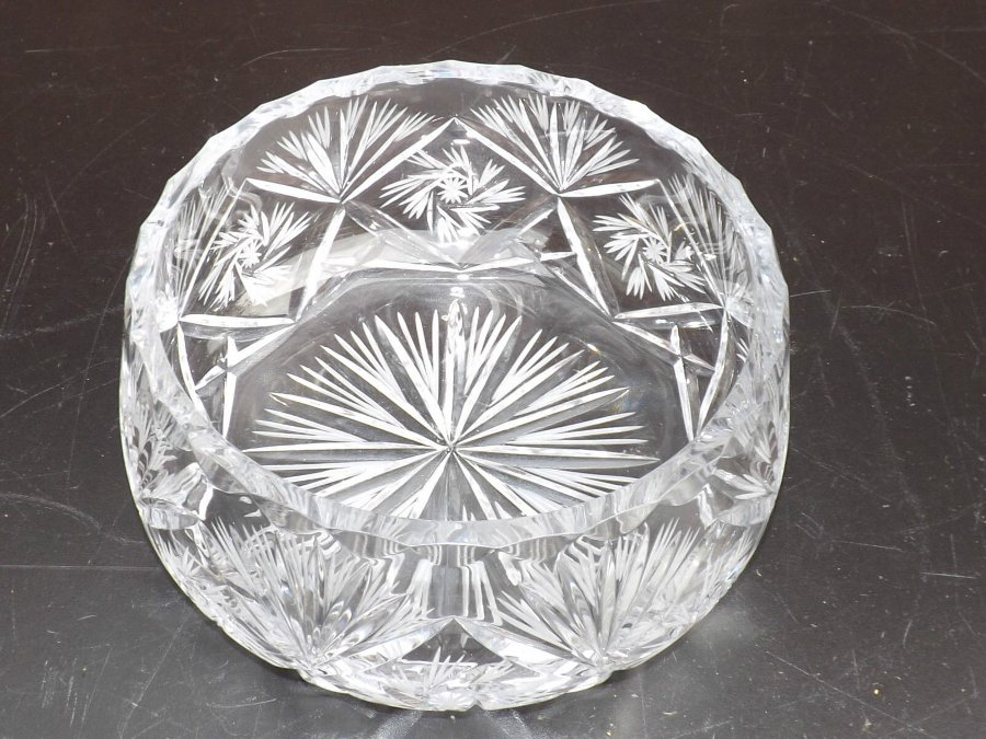 Antique glass Bowl crystal cut late Victorian perfect condition