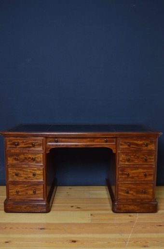 Antique Early Victorian Desk sn2509