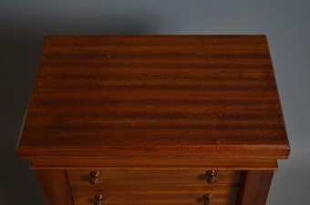 Antique Miniature Wellington Chest sn2308