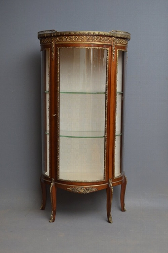 Antique Continental Display Cabinet - Vitrine Sn3083