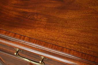 Antique Fine Edwardian Mahogany and Inlaid Desk Sn3306