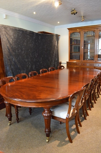 Antique Exceptional Victorian Extending Dining Table Sn3347