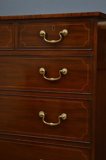 Antique Exceptional Regency Chest of Drawers in Mahogany sn3364
