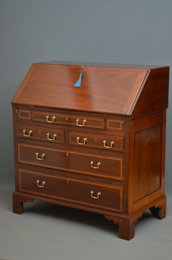 Antique Exceptional Georgian Mahogany and Inlaid Bureau sn3369
