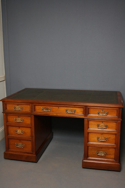 Antique Victorian Pedestal Desk sn2465