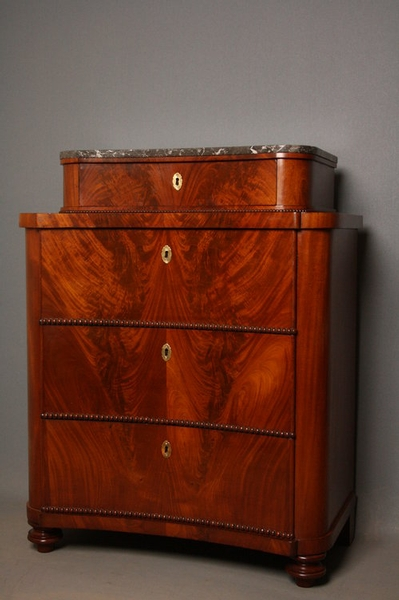 Biedermeier Chest of Drawers sn2255