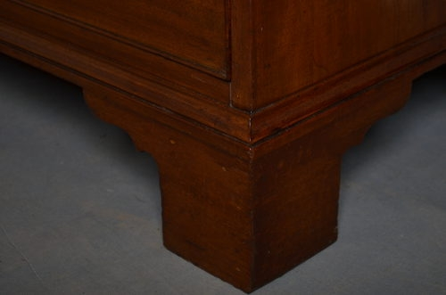 Antique George III Chest of Drawers sn2708