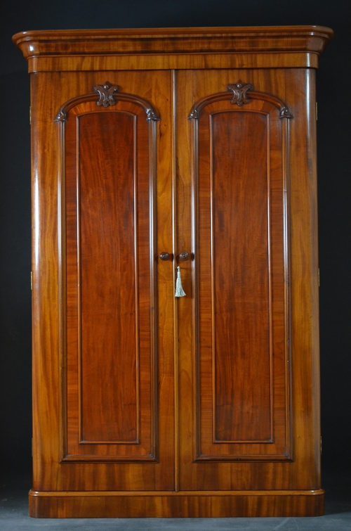 Antique Victorian Double Wardrobe sn2774