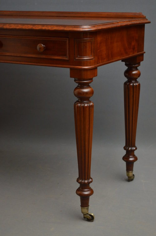 Antique Elegant Early Victorian Writing Table Sn2837