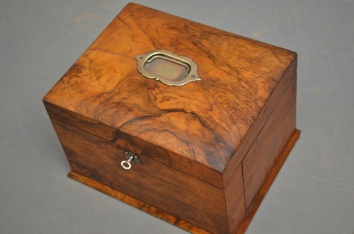 Antique Victorian Sewing Box / Work Box Sn2930