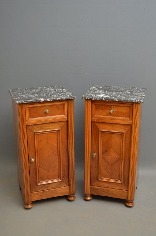 Antique Turn of the Century Pair of Bedside Cabinets Sn2935